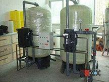 5-8T/H时间型软化水设备